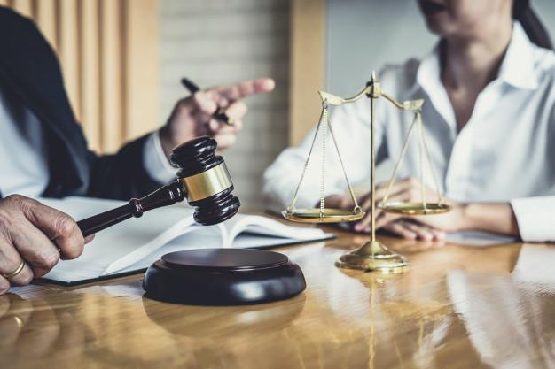Le notaire et son rôle en tant que professionnel du droit