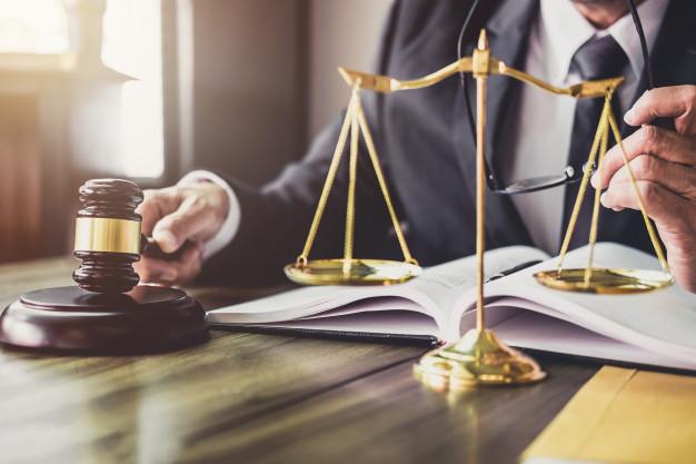 Questions juridiques relatives à l'utilisation du droit d'auteur par les développeurs d'applications
